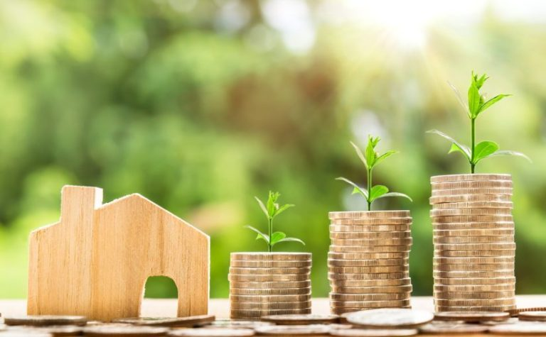 save-money-in-new-year-house-with-coins-1